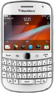 Best price on Blackberry Bold Touch 9900 in India