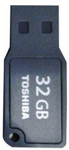 Best price on Toshiba Mikawa 32 GB Pen Drive in India