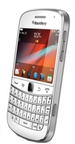 Blackberry Bold Touch 9900 - Side